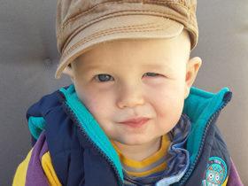 Kind in osteopathischer Behandlung